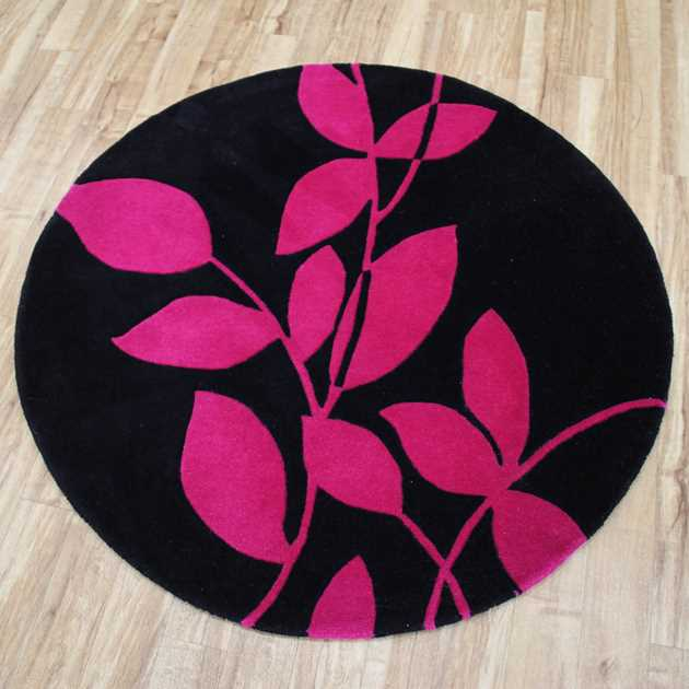 Pearl Flower Circular Rugs in Black and Pink