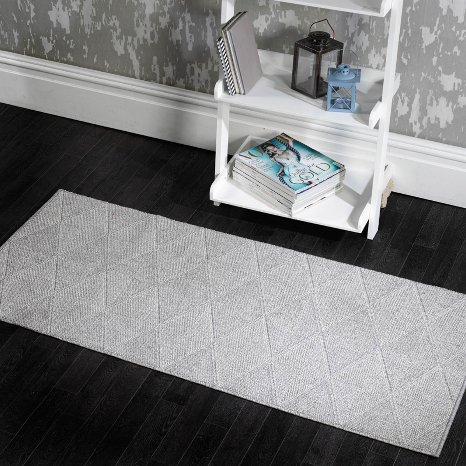 Skyline Petronas Rugs in Grey