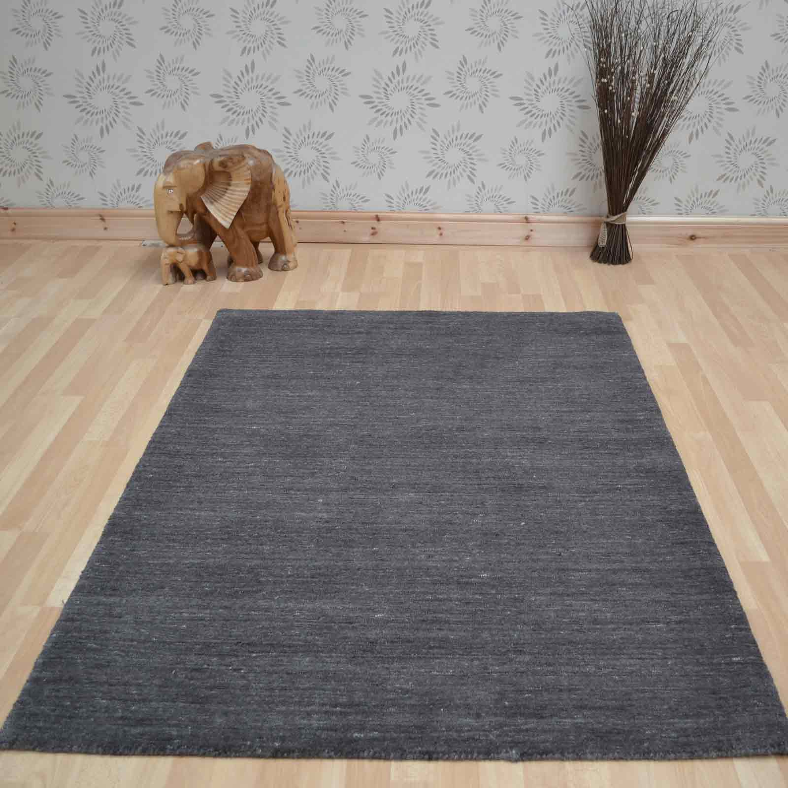 Plain Abrash Wool Rugs in Charcoal