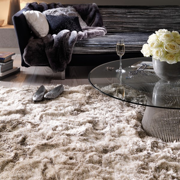 Plush Dusk Rug: Plush Shaggy Rugs In Sand