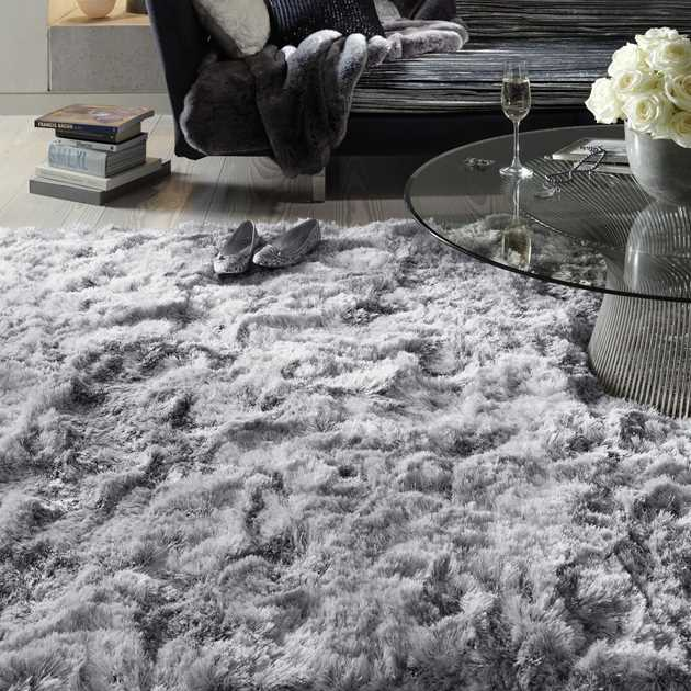 Plush Shaggy Rugs in Silver