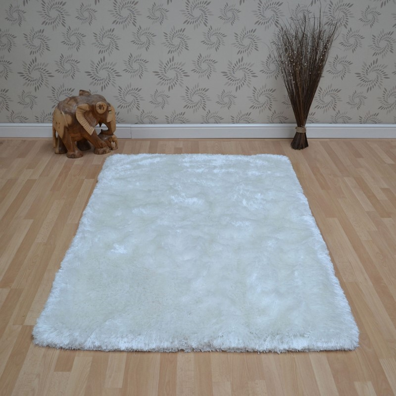 Plush Shaggy Rugs In White Buy Online From The Rug Seller Uk