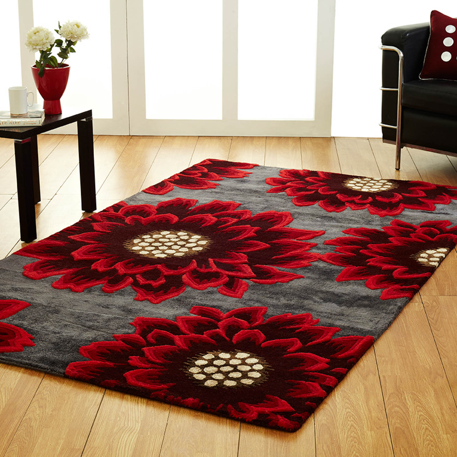 Unique Poppy rugs in Grey Red