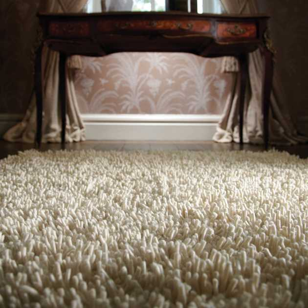 Imperial Shaggy Wool Rugs in Ivory