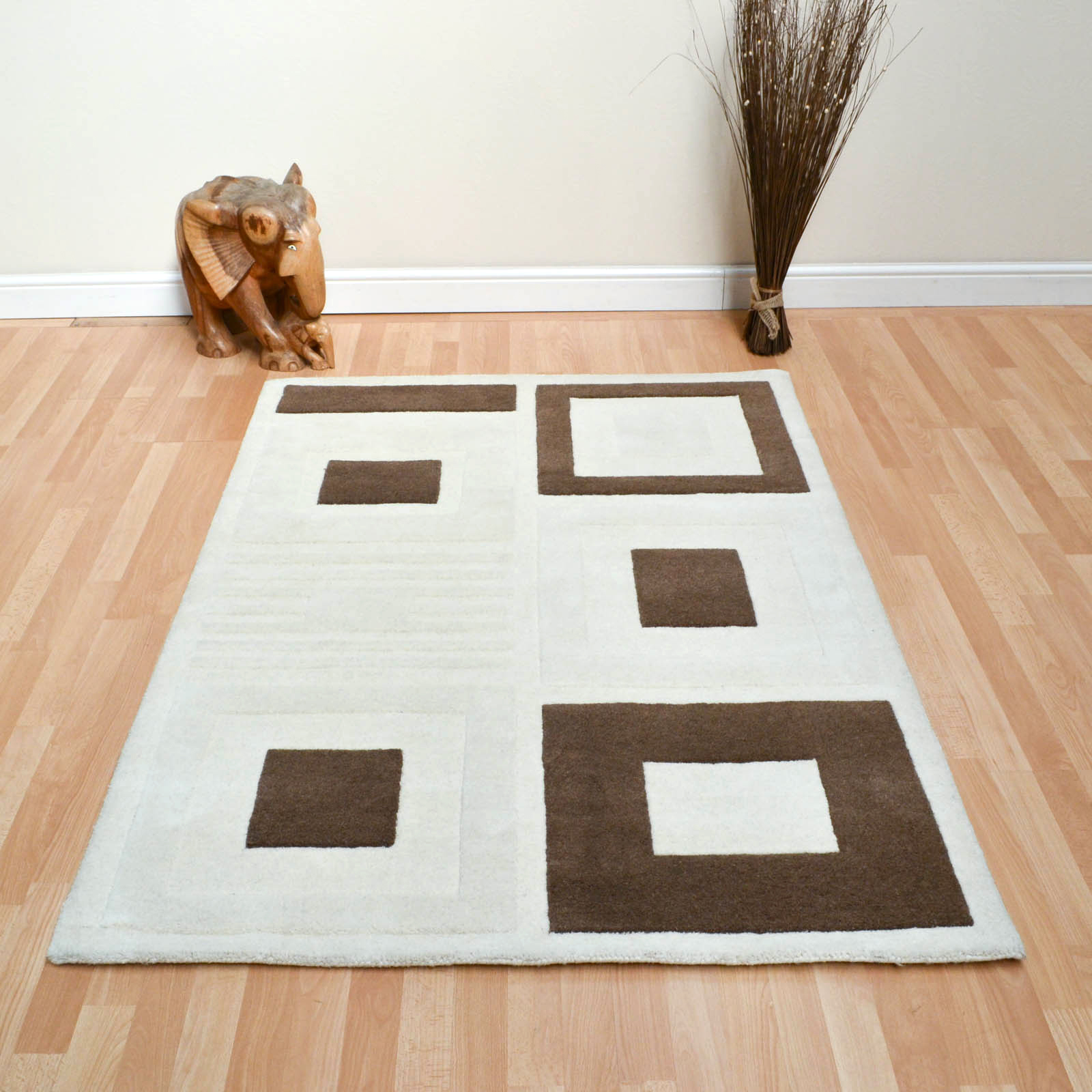 Reflect Rugs in Cream