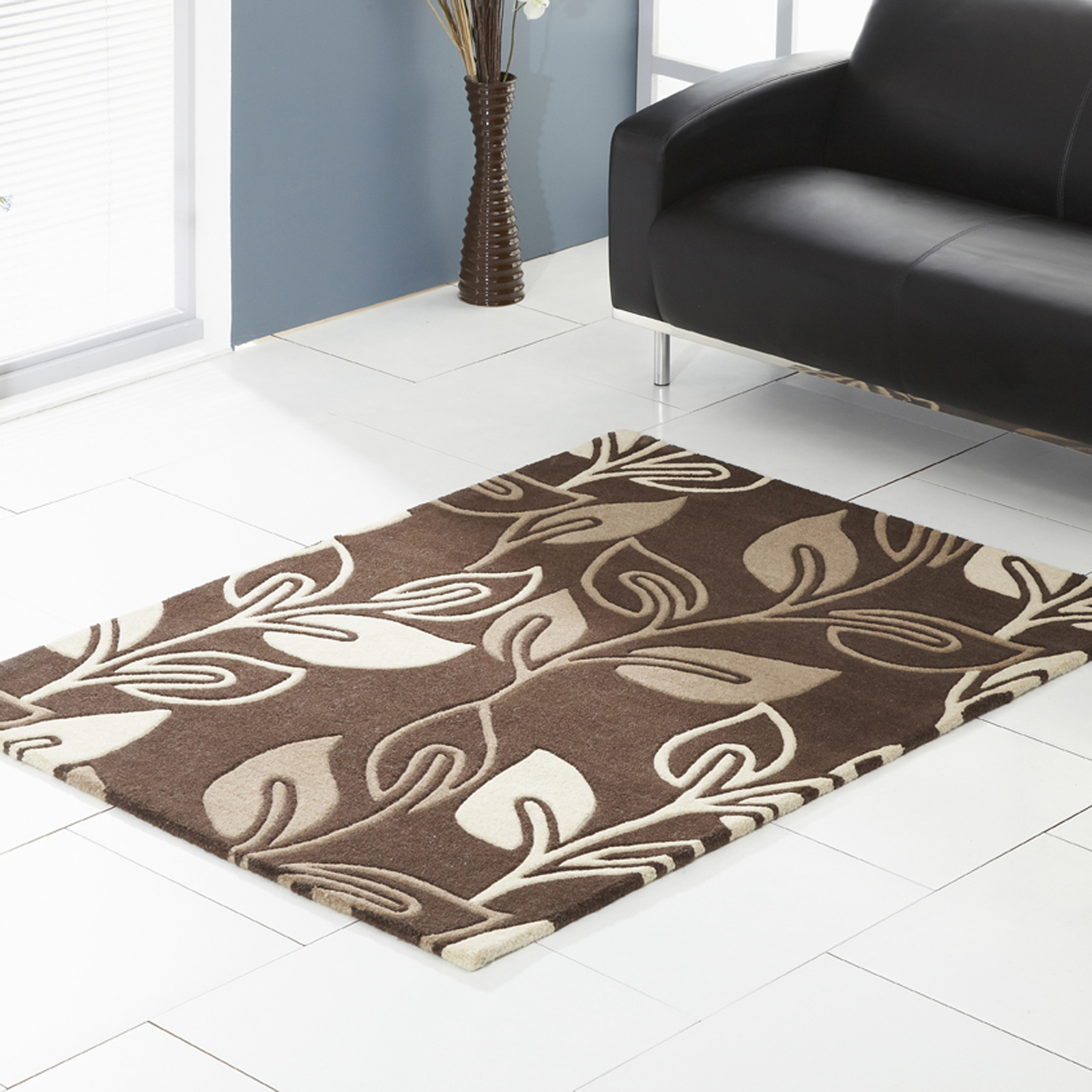 Retro Flower Rugs in Chocolate