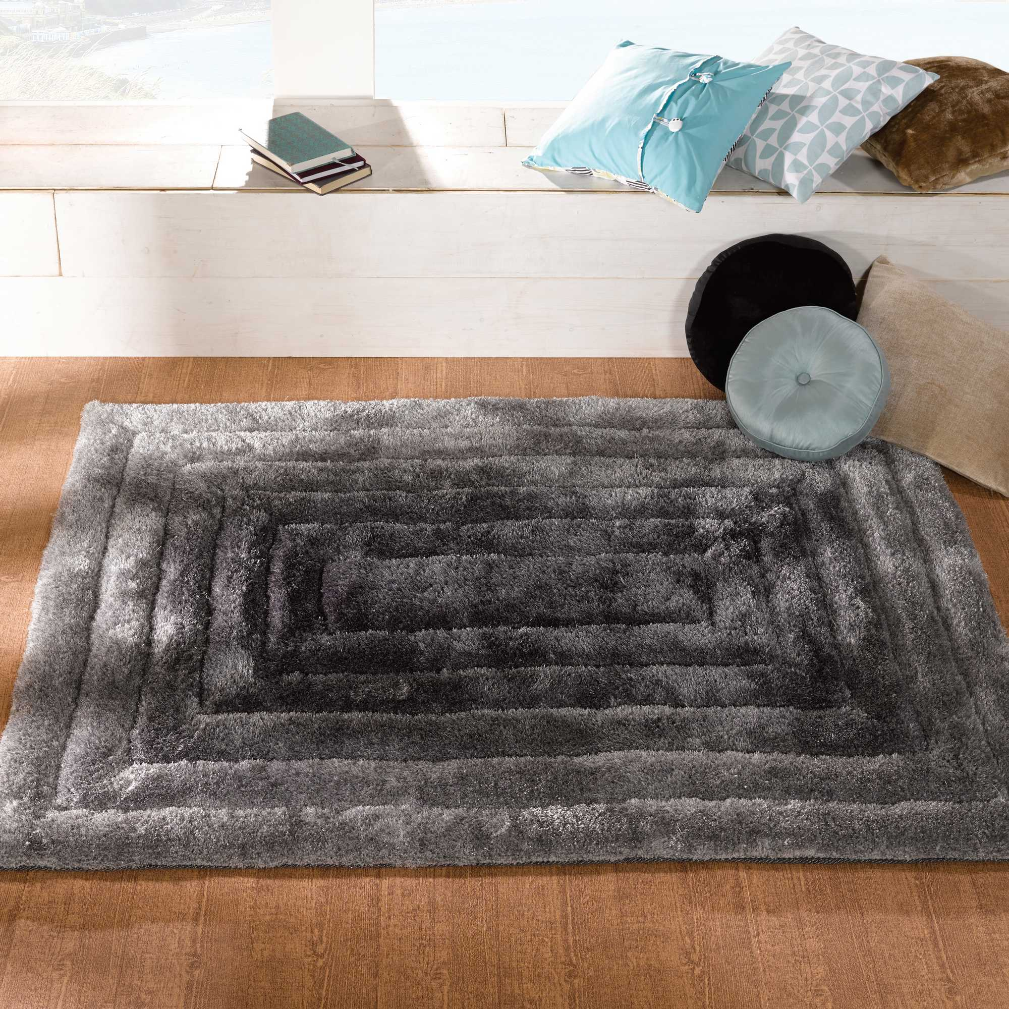 Verge Ridge Rugs in Black Grey