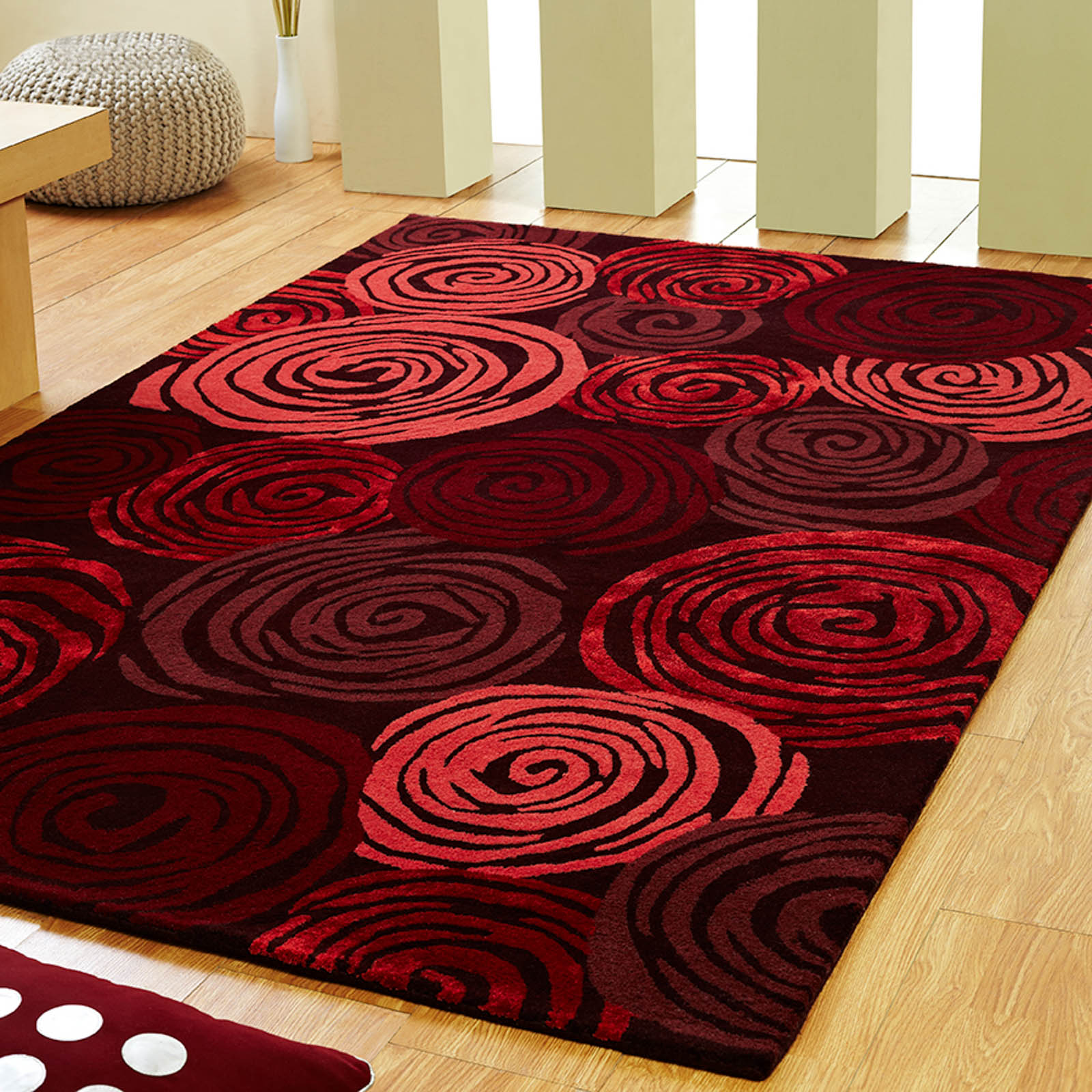 Unique rose rugs in red free uk delivery the rug seller for Unique carpet designs