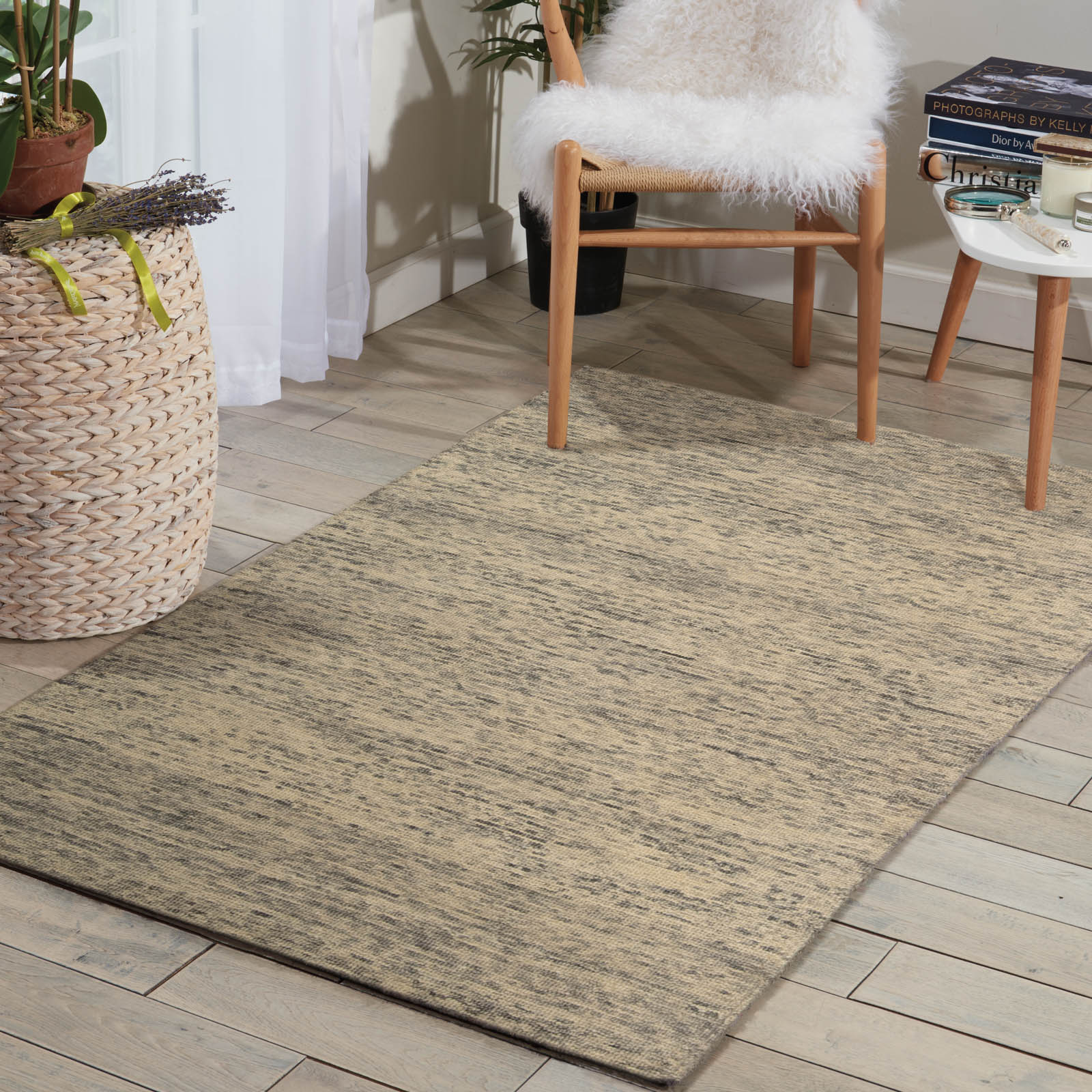 Sterling Rugs STER1 in Silver