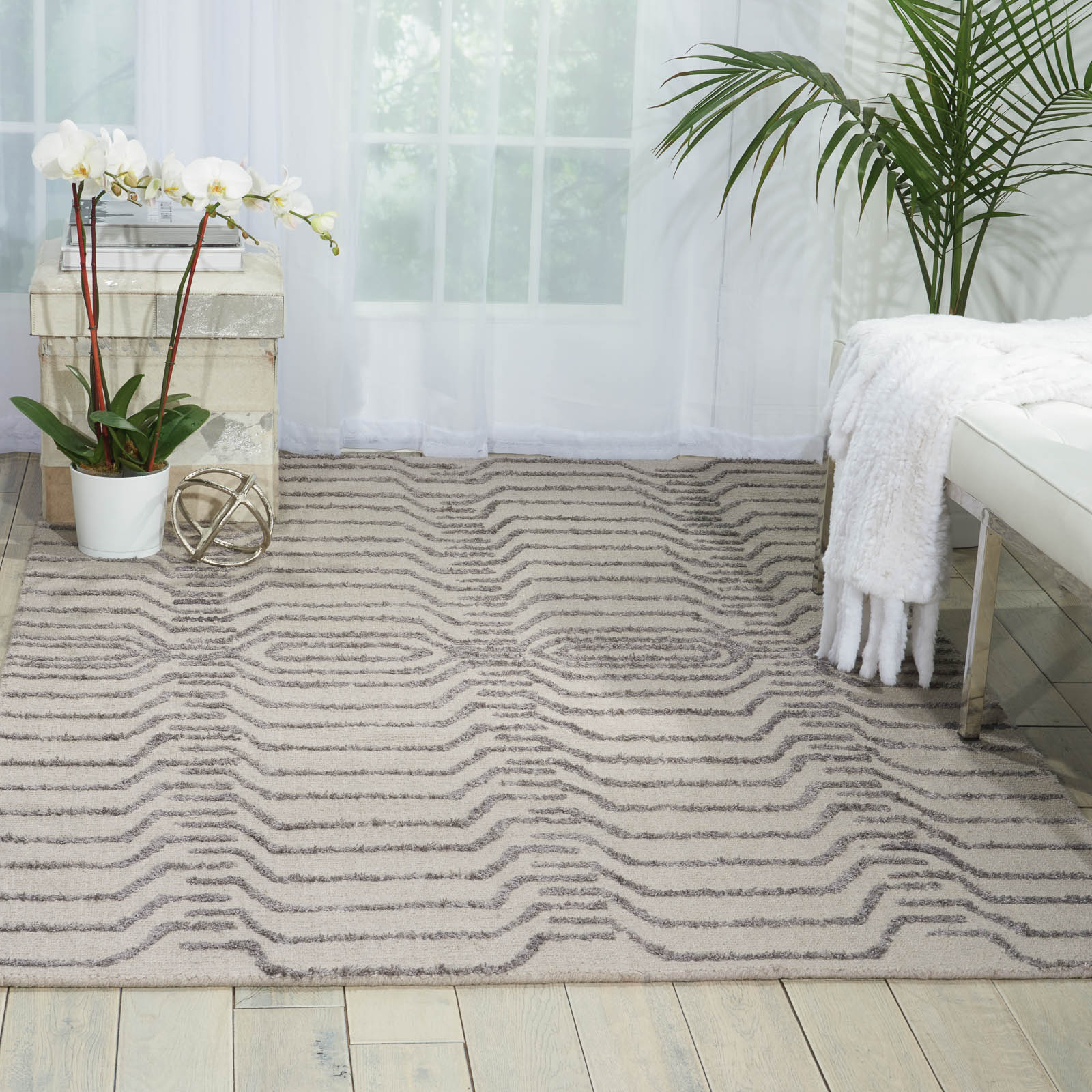 Strata Rugs STT07 in Silver and Grey