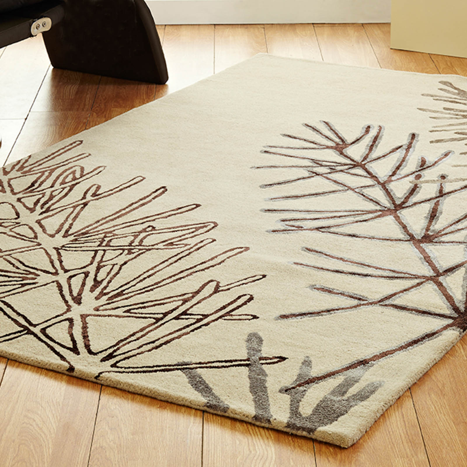 Unique Serene Rugs in Beige