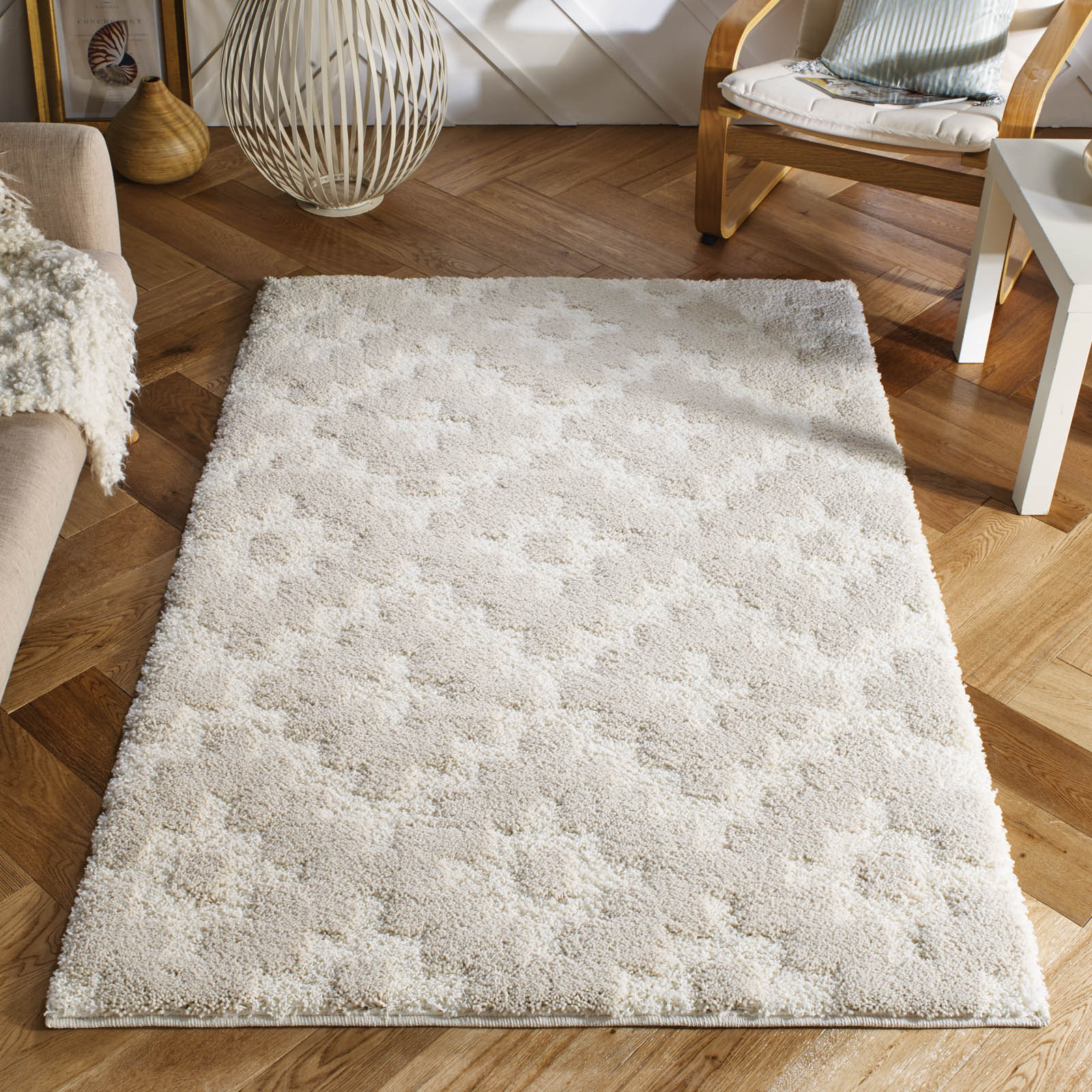 Symmetry Shaggy Rugs 1524W in Ivory