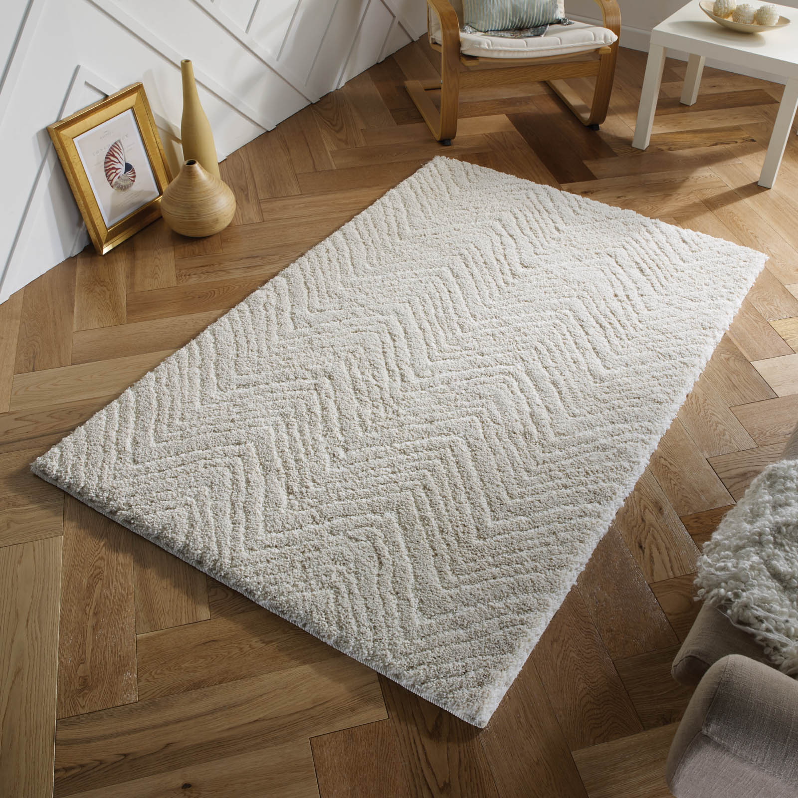 Symmetry Shaggy Rugs 5W in Ivory