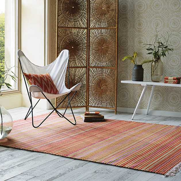 Scion Symmetry Rugs 26600 in Peony