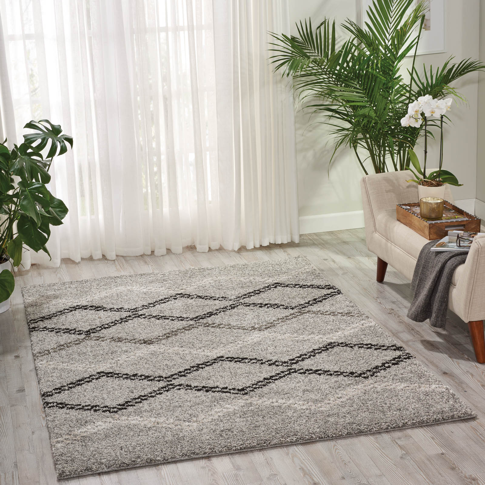 Tangier Rugs TAN01 in Silver