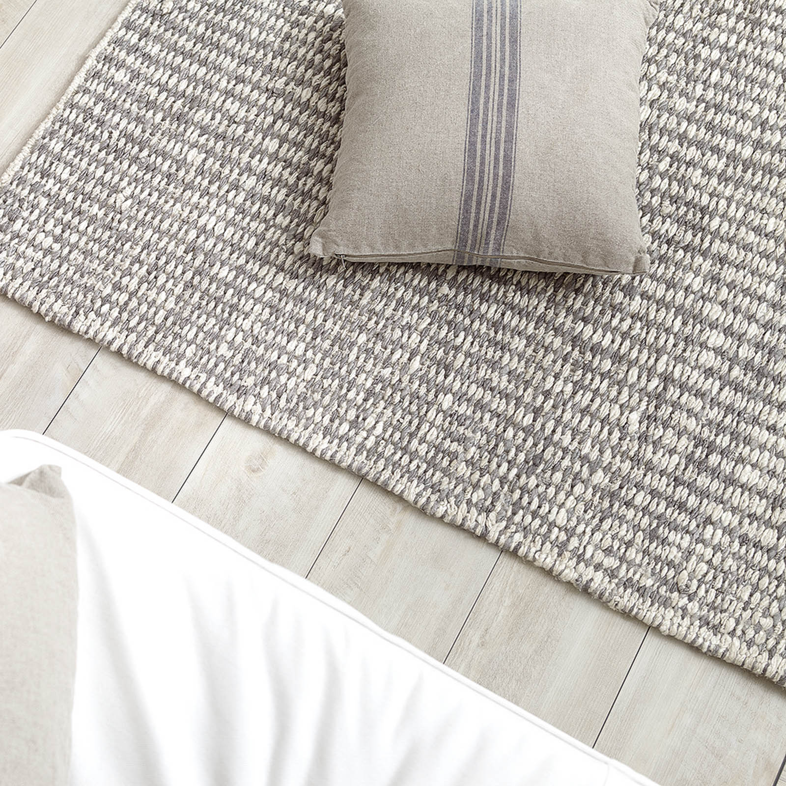 Stone Rugs 0017 01 By Down To Earth In Taupe And White