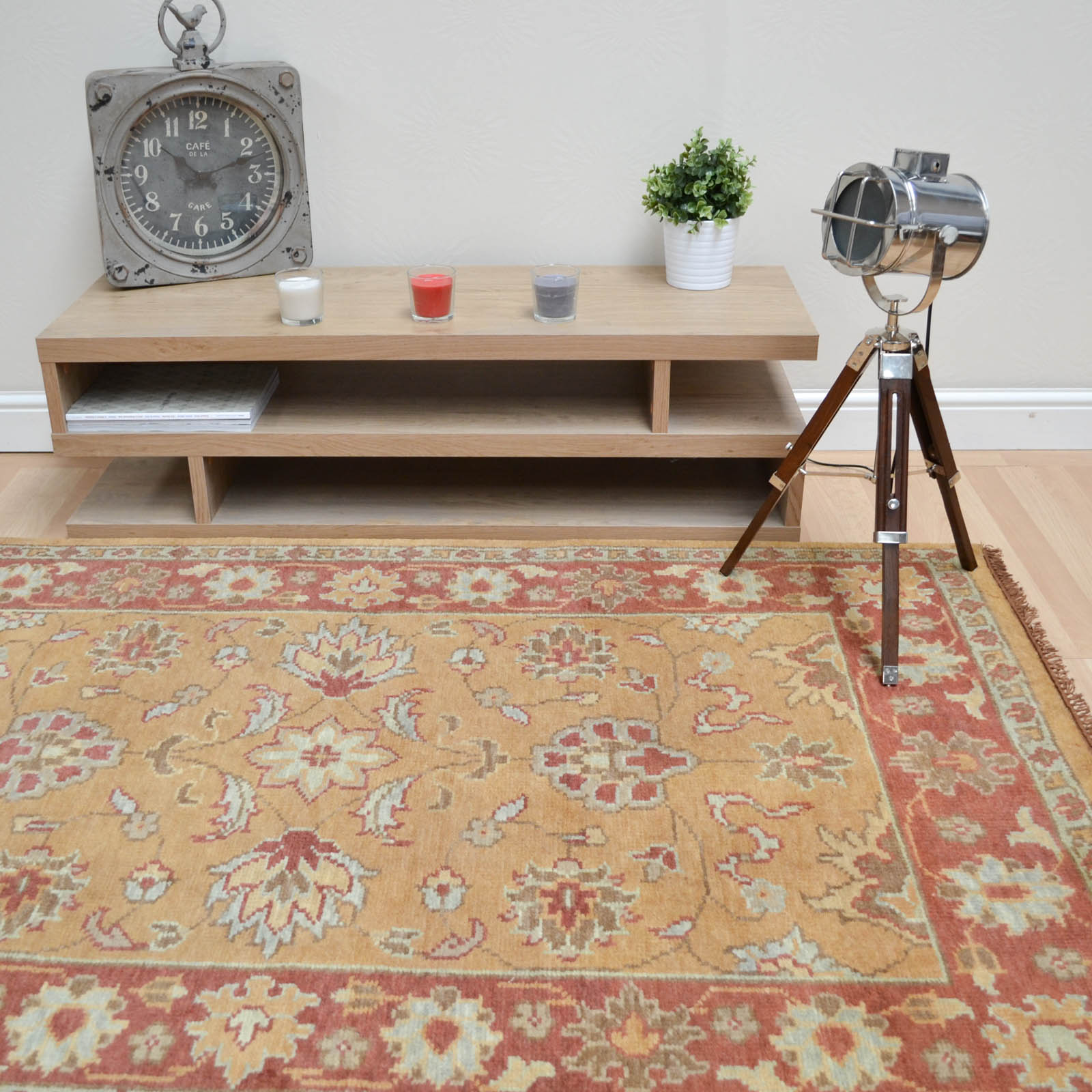 Taj Indian Agra Rugs - Hand Knotted Pure Wool in Gold Rust
