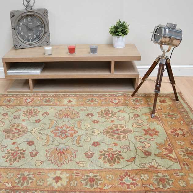 Taj Indian Agra Rugs - Hand Knotted Pure Wool in Green Gold