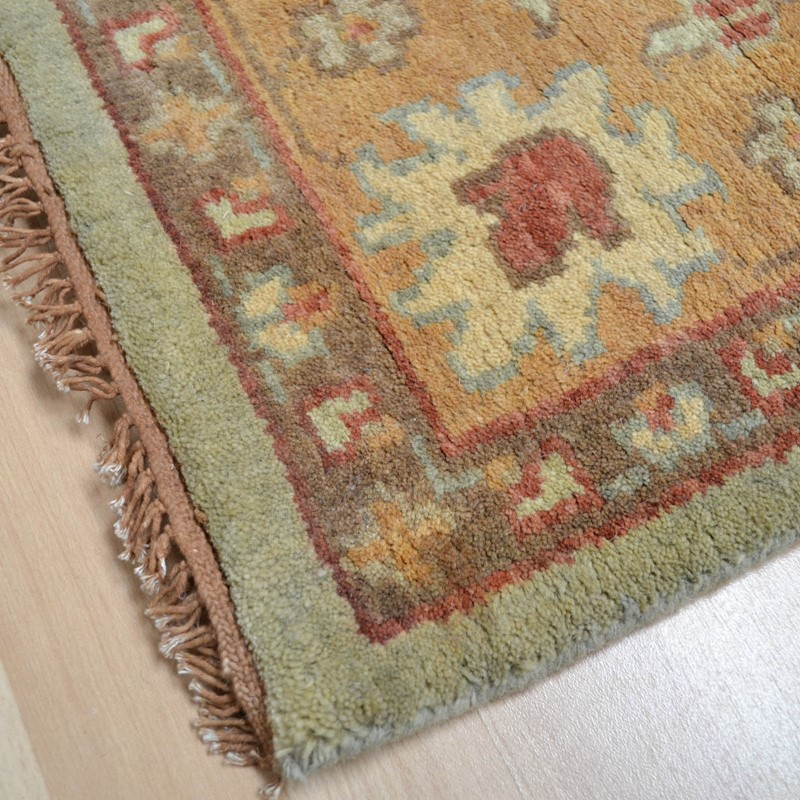 Hand Knotted Pure Wool In Green