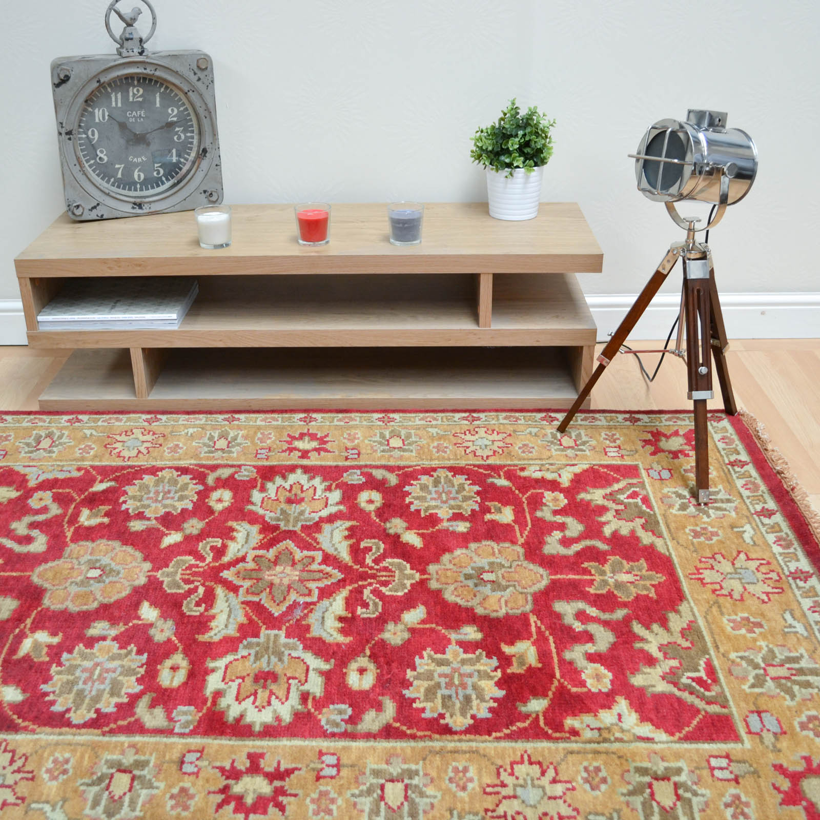 Taj Indian Agra Rugs - Hand Knotted Pure Wool in Red Gold