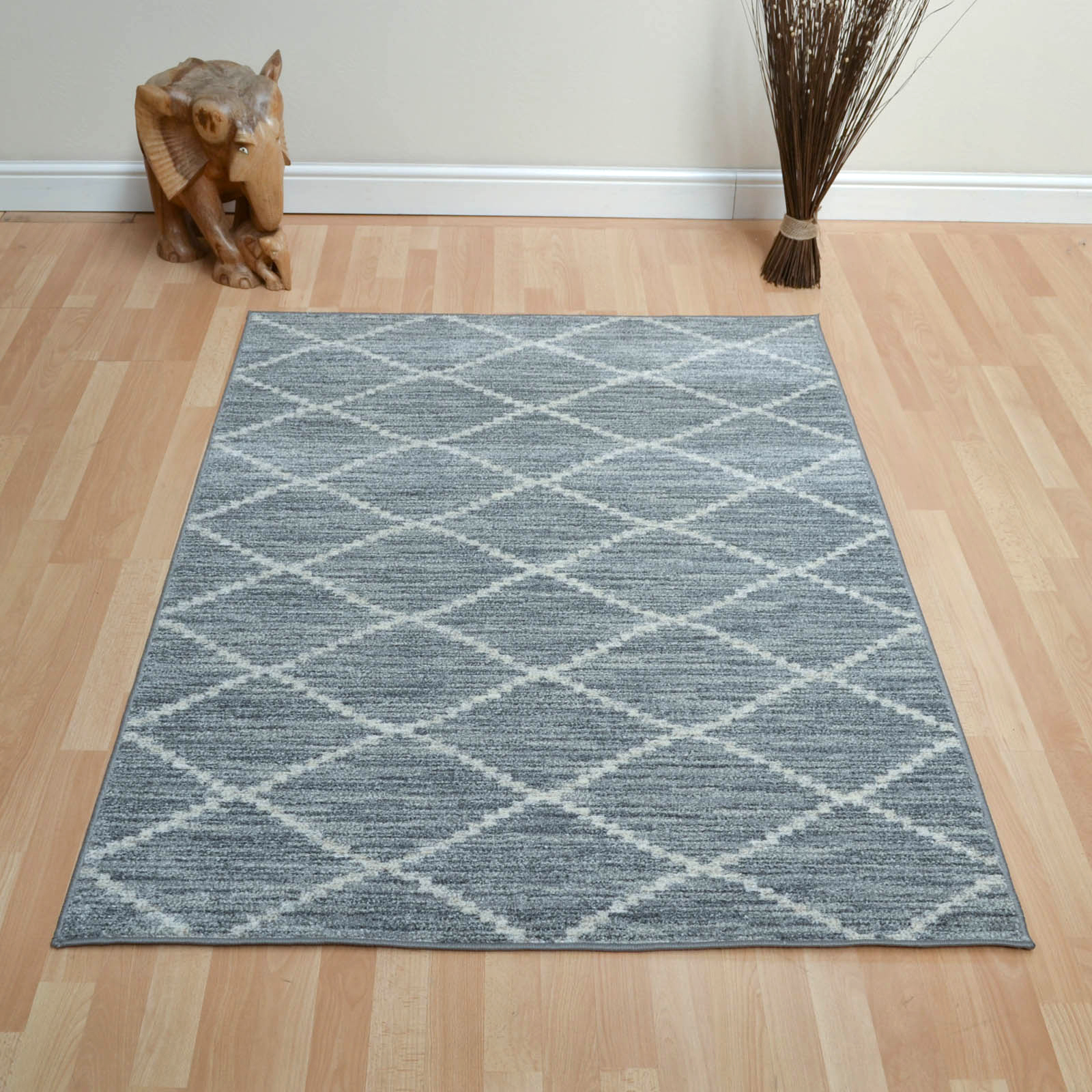 Tibet Diamond Rugs in Silver