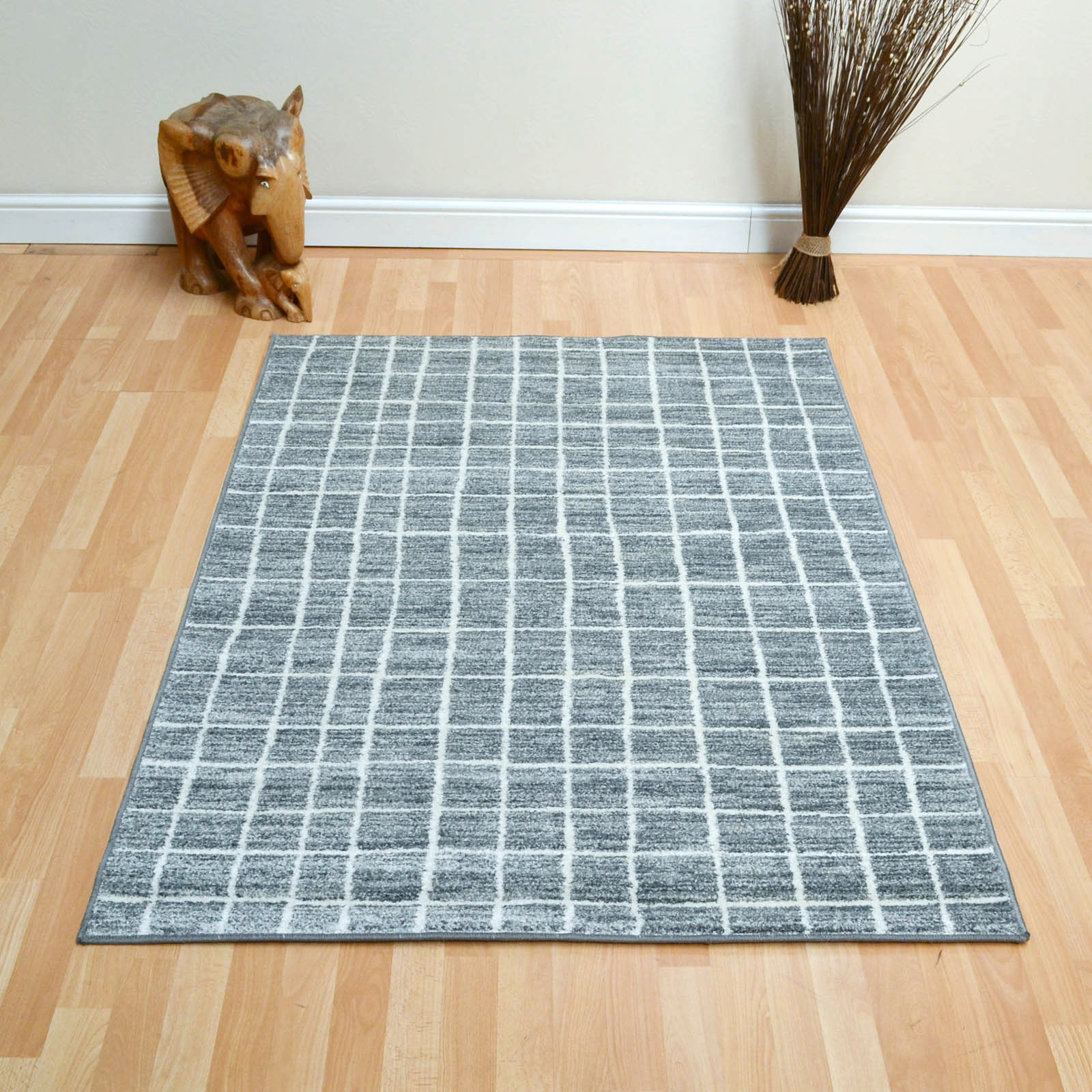 Tibet Grid Rugs in Silver