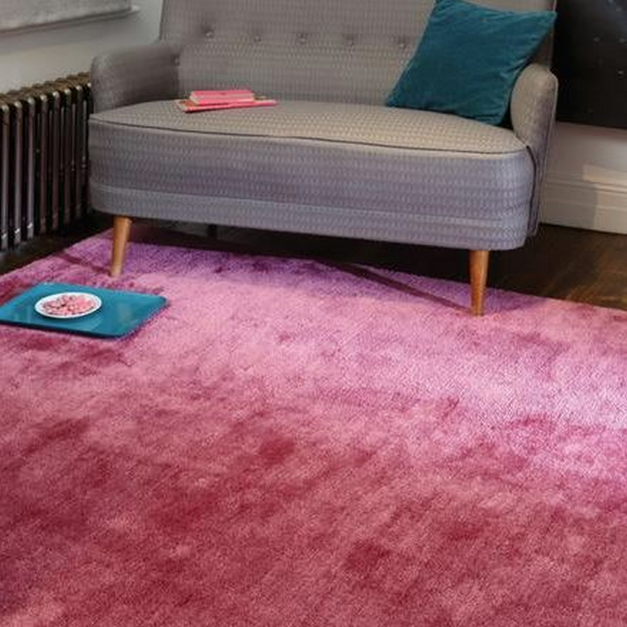 Tula Plain Rugs in Pink
