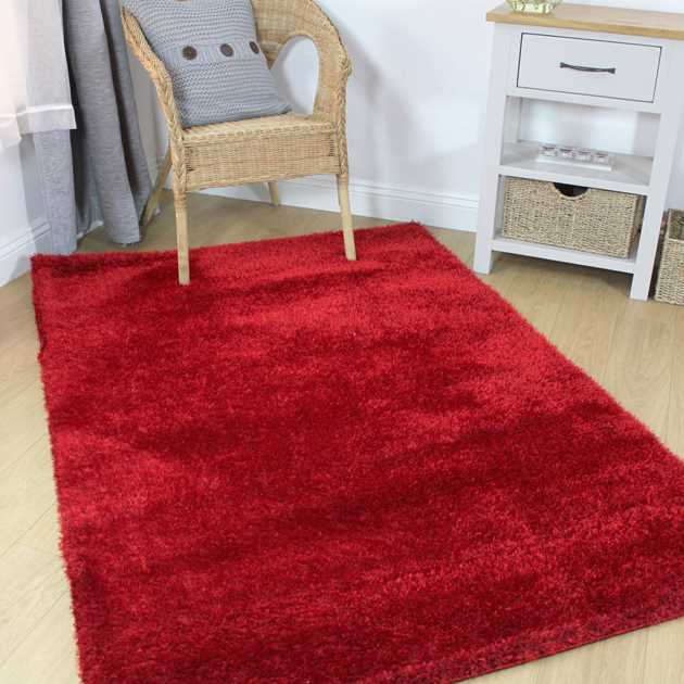 Velvet Shaggy Rugs in Red