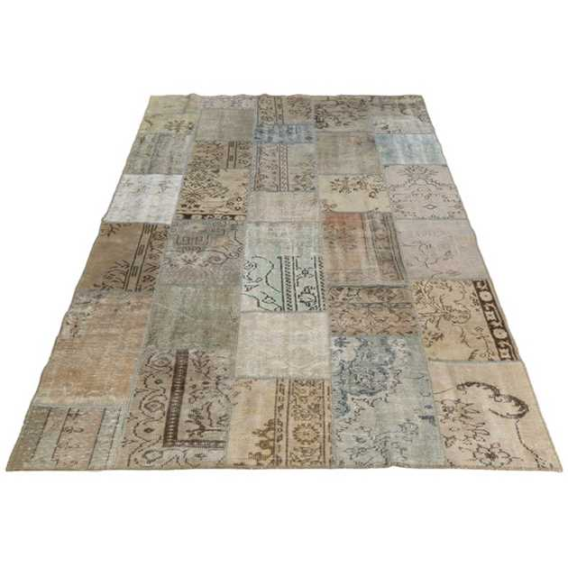 Vintage Rugs in Antique by Massimo