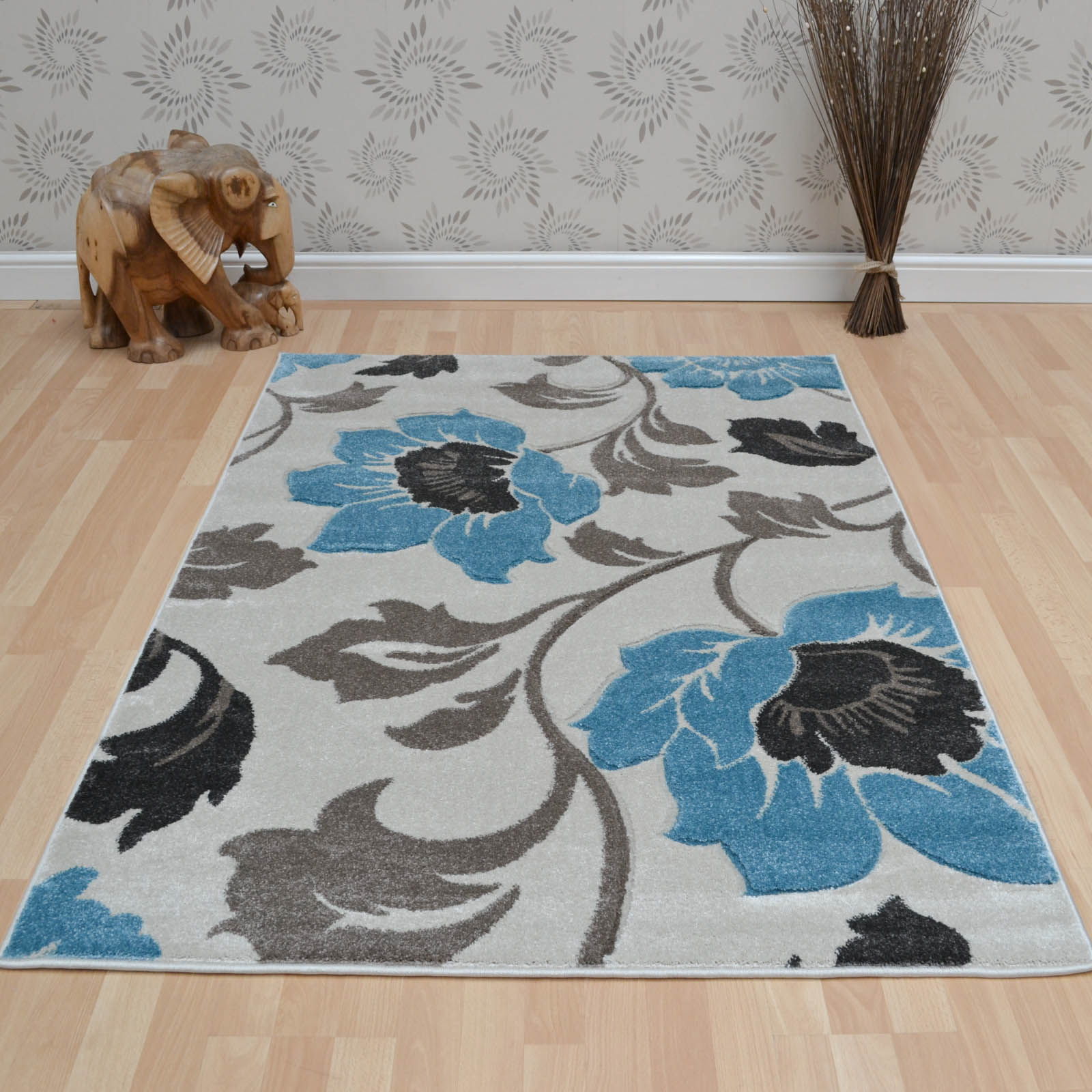 Vogue Floral Rugs VG32 in Beige and Blue