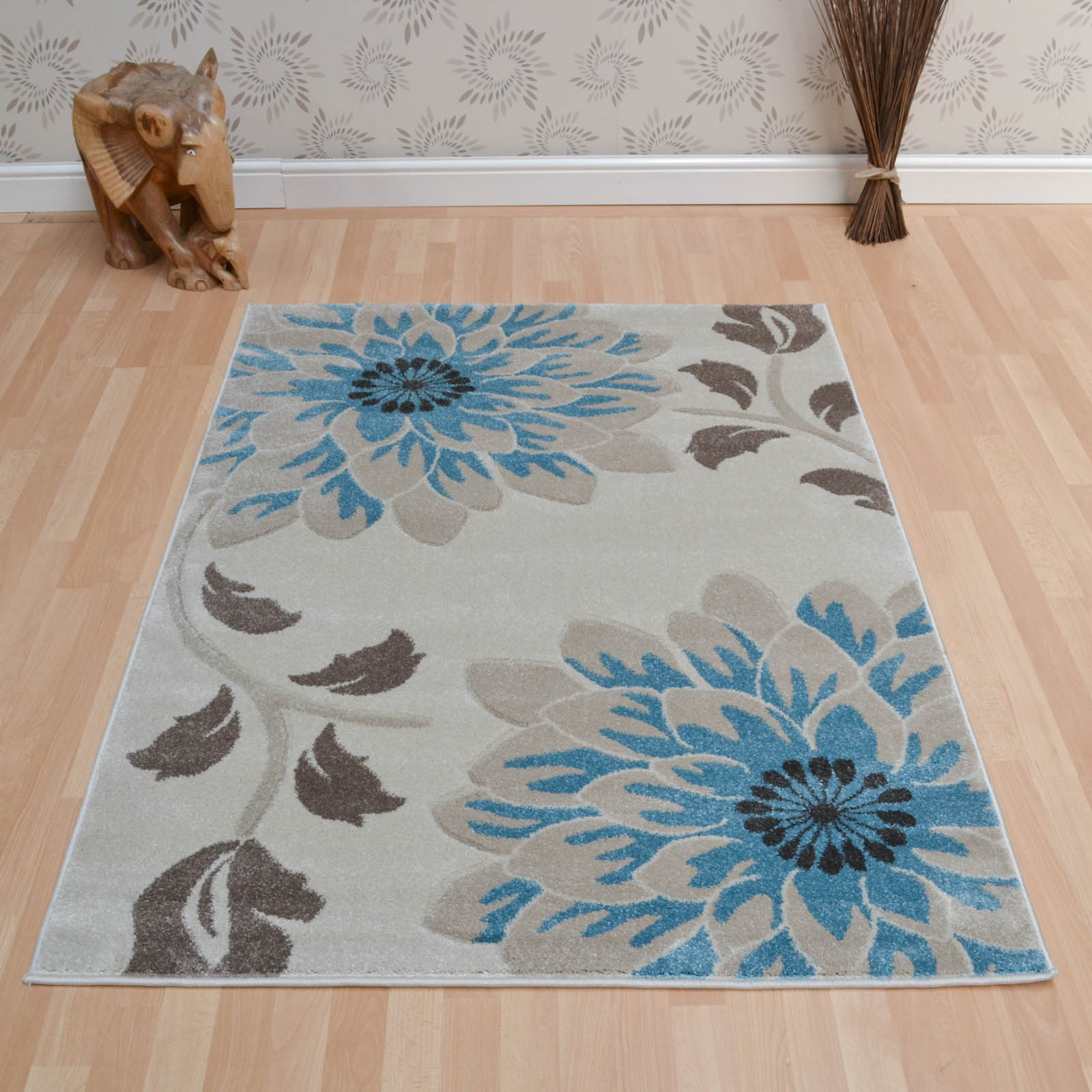 Vogue Floral Rugs VG35 in Beige and Blue
