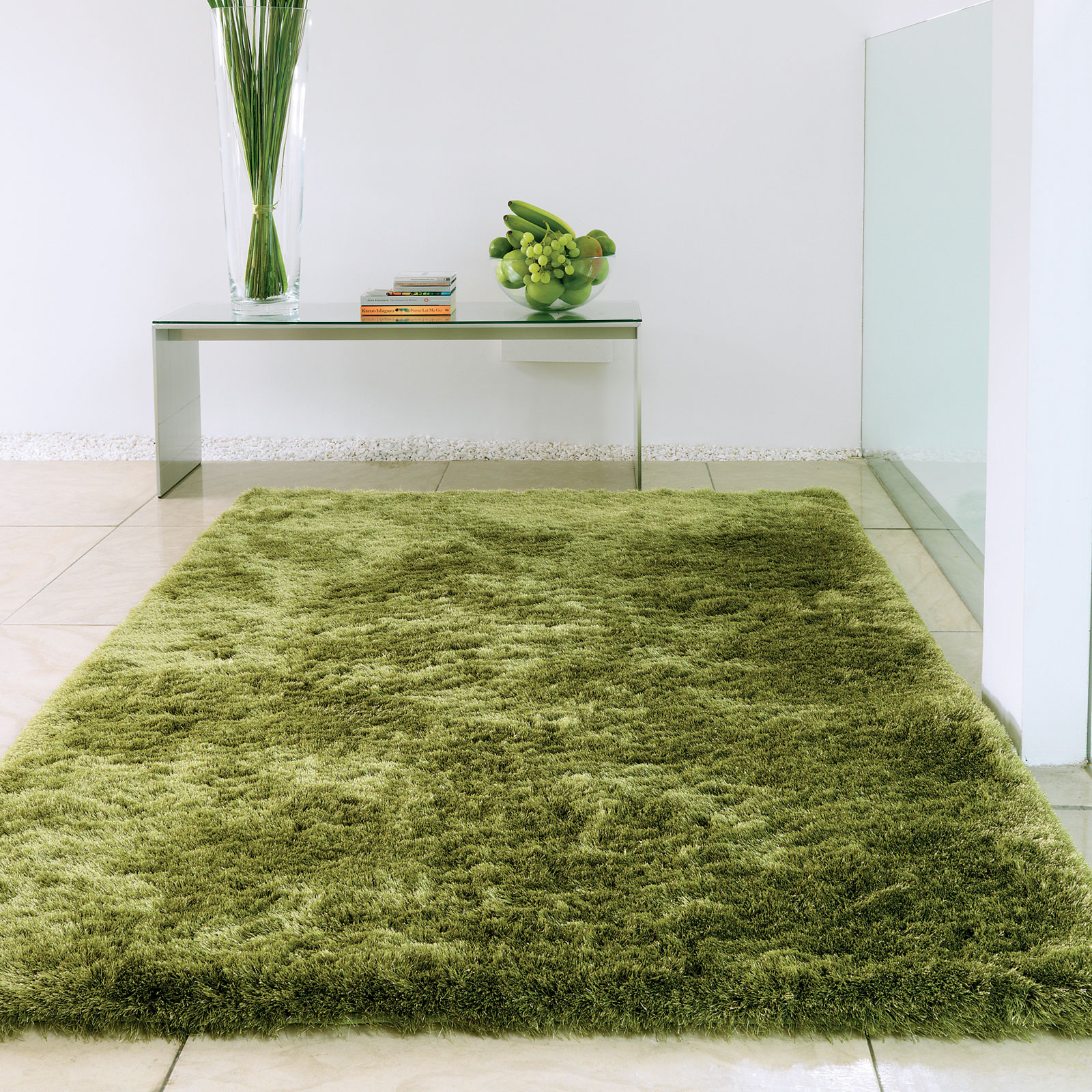 Whisper Shiney Shaggy Rugs in Apple
