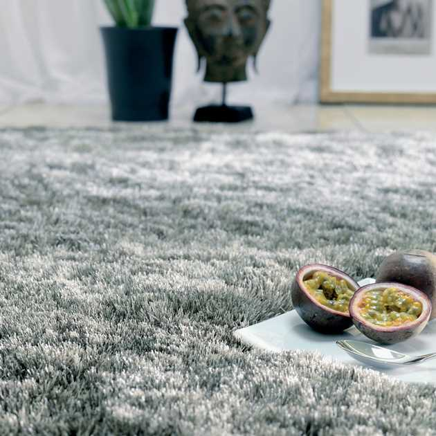 Whisper Shiney Shaggy Rugs in Tungsten
